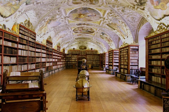 library-1668174_1280